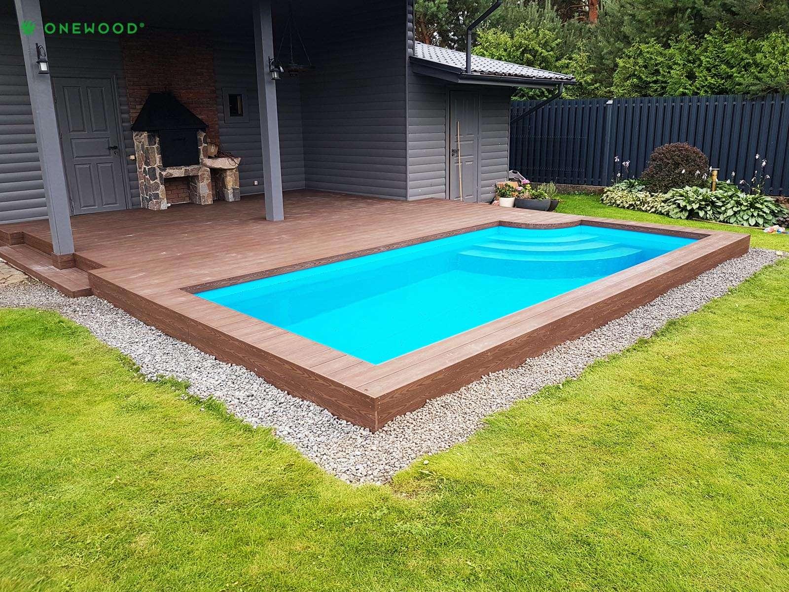 WPC terasa su baseinu